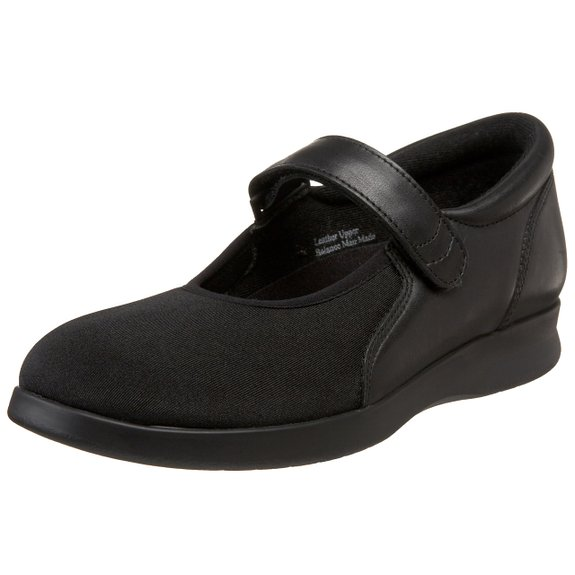 Comfy Work Shoes Womens