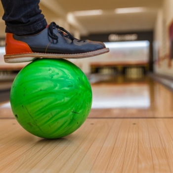 How To Maintain Bowling Shoes