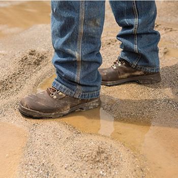 Waterproof Work Boots vs. Waterproofing Your Work Boot