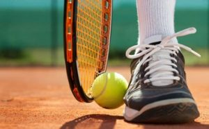 Best Tennis Shoes for High Arches Featured